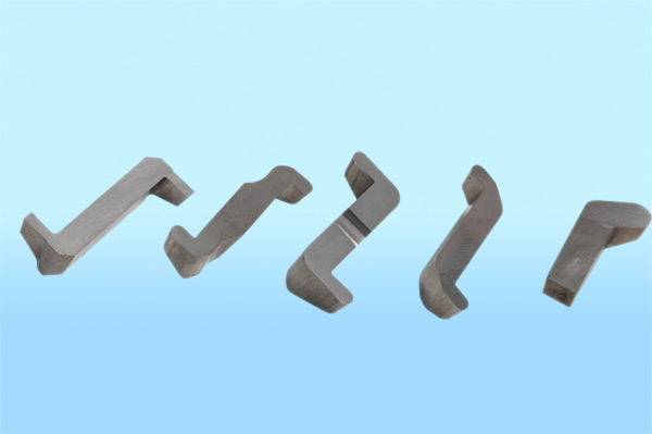 SPECIAL FORMED CARBIDE INSERTS